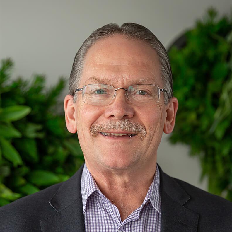 Paul Hooites - Hybrid Cloud - Infront